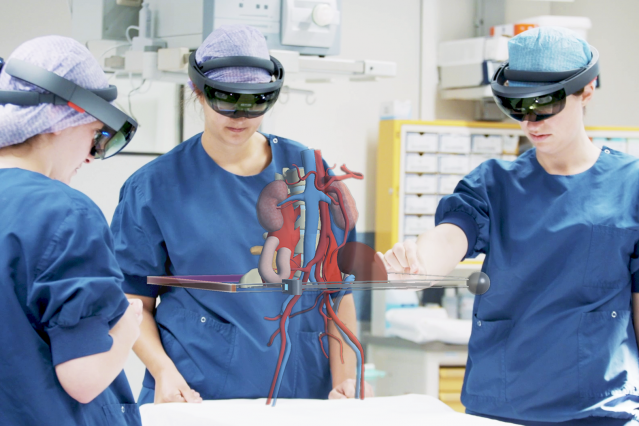 AugMedicine augmented reality learning